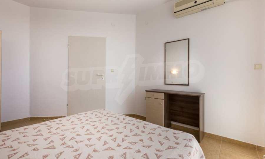 Отличен двустаен апартамент в комплекс до Равда и Ахелой 28