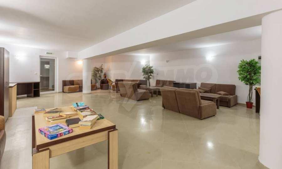 Отличен двустаен апартамент в комплекс до Равда и Ахелой 53