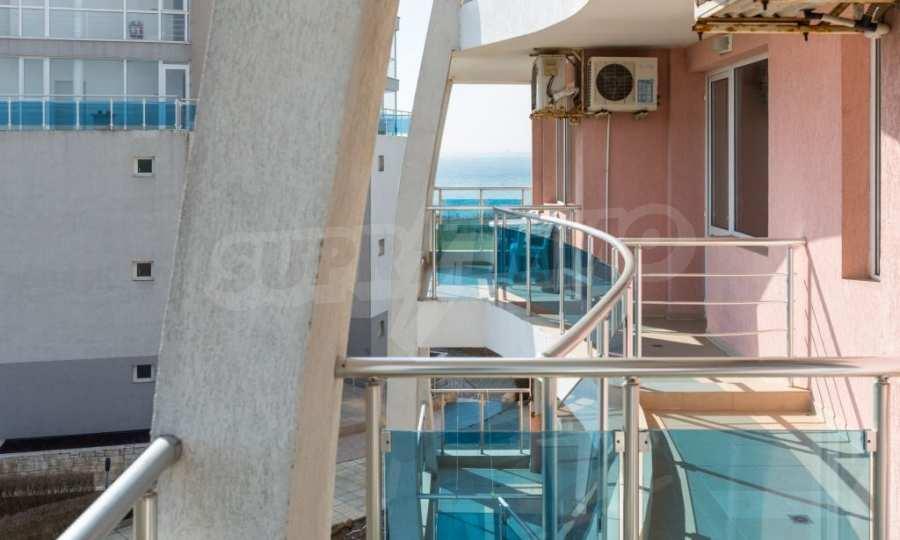 Отличен двустаен апартамент в комплекс до Равда и Ахелой 7
