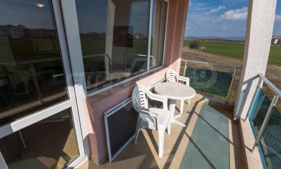Отличен двустаен апартамент в комплекс до Равда и Ахелой 8