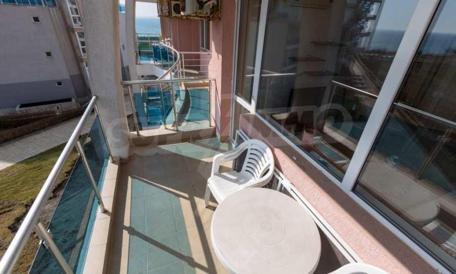 Отличен двустаен апартамент в комплекс до Равда и Ахелой 9
