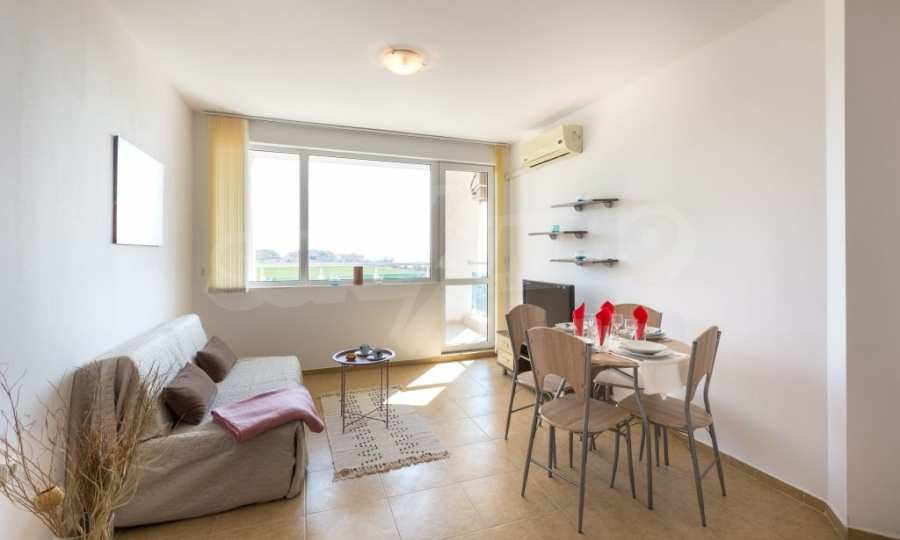 Comfortable one bedroom apartment in a complex near Ravda and Aheloy 9