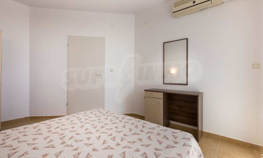 Comfortable one bedroom apartment in a complex near Ravda and Aheloy 28