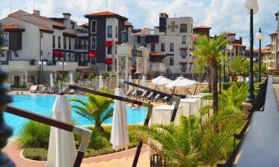 Двустаен апартамент в крайбрежен комплекс до плаж Оазис 20