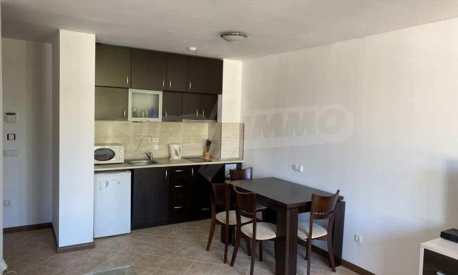 Двустаен апартамент в крайбрежен комплекс до плаж Оазис 4