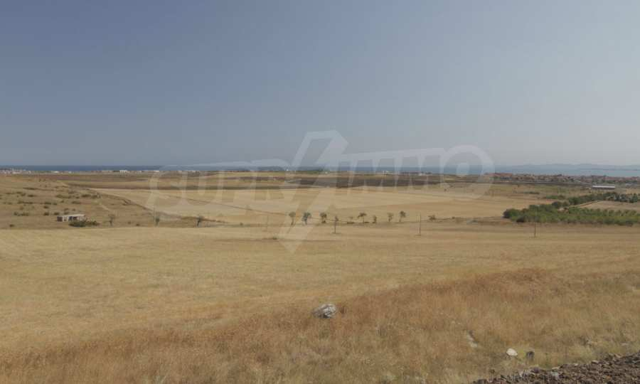 Investment land near the town of Aheloy, a few km away from Sunny Beach