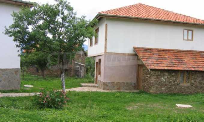 Houses for sale near Bansko 3