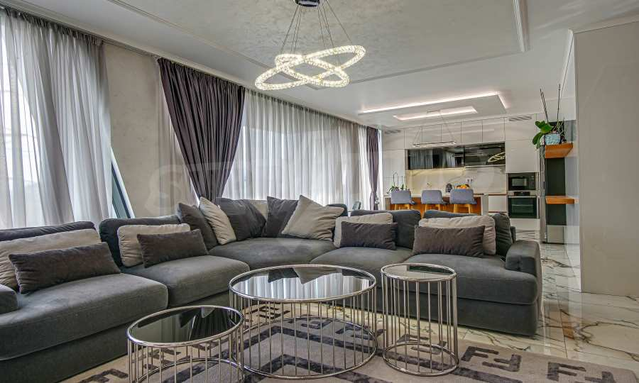 Spacious elegant apartment in a new luxury building on Bulgaria Blvd.